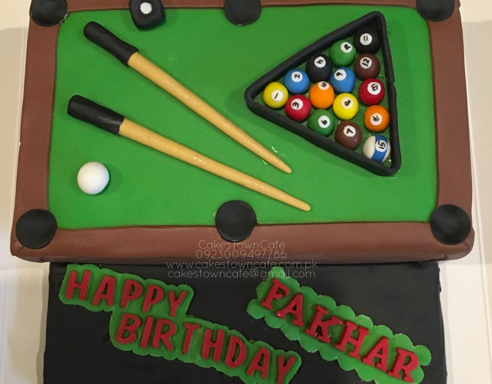 Sports cake 6 snooker table themed cake
