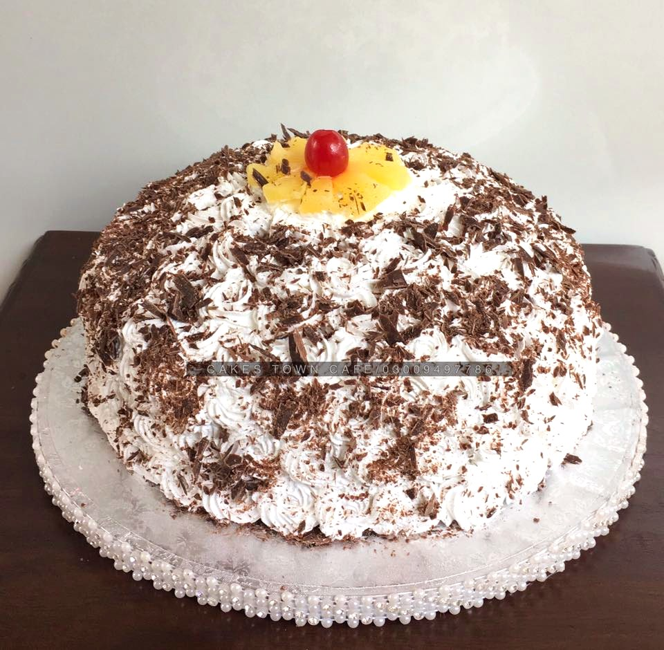 Anniversary Cakes 13