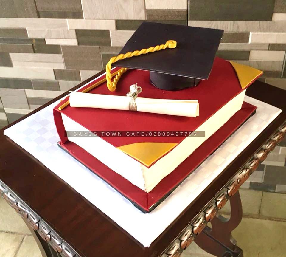 Graduation Cake 1
