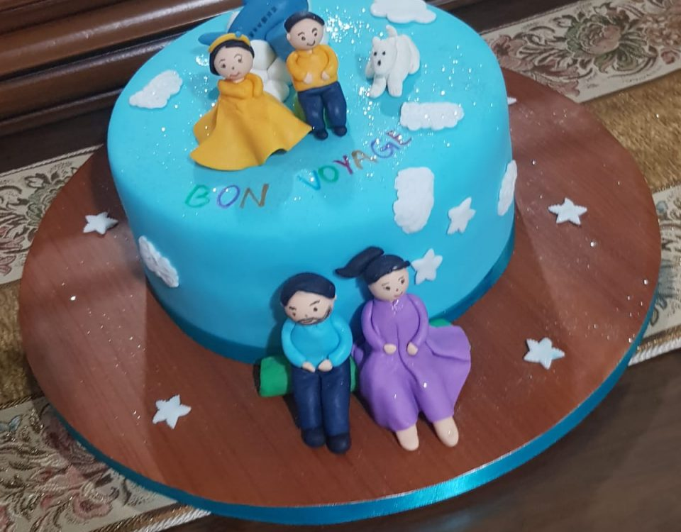 Figure Cake 5