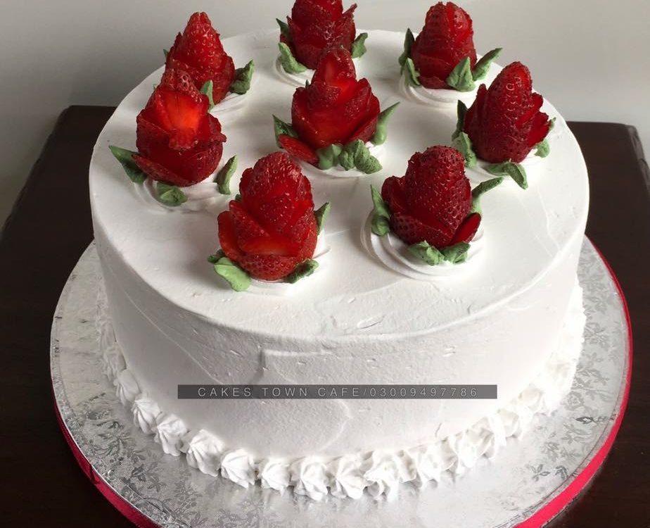Cream Cake 26