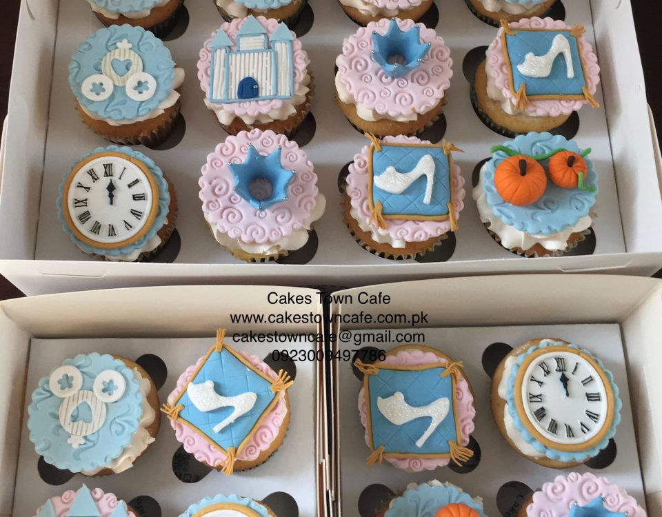 Cinderella Themed cupcakes 1