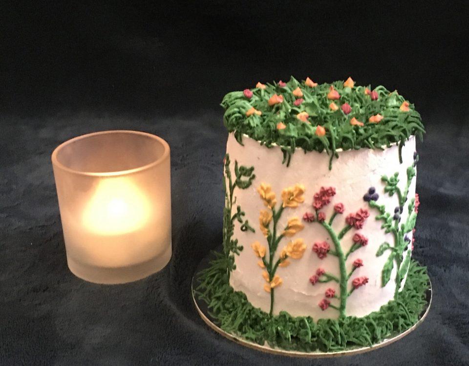 Cream Cake 33